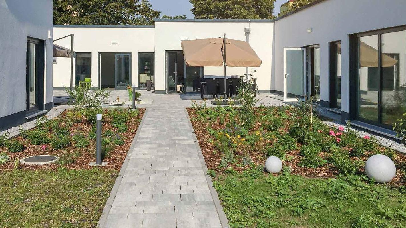 Gartensituation Cottbus Intensivpflege Wohngemeinschaft