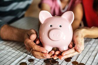Pflegeimmobilien, Leistungen, Pflegeimmobilien kaufen, sparschwein