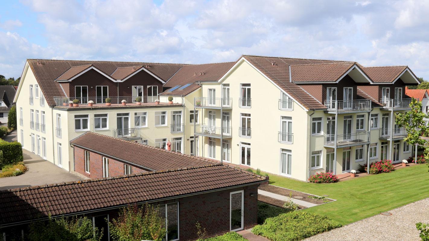 Seniorenheim Osterfeld, Wohnpark, hell und freundlich, Gartenansicht