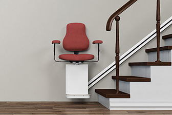 Treppenlift, komfort im Alter, Pflegeheime, Pflegeimmobilien