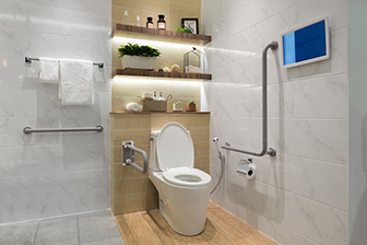 Badezimmeransicht Pflegeimmobilien, hell und freundlich