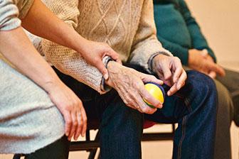 Bobath Pflege Konzept, betreutes Wohnen und Pflegeimmobilien