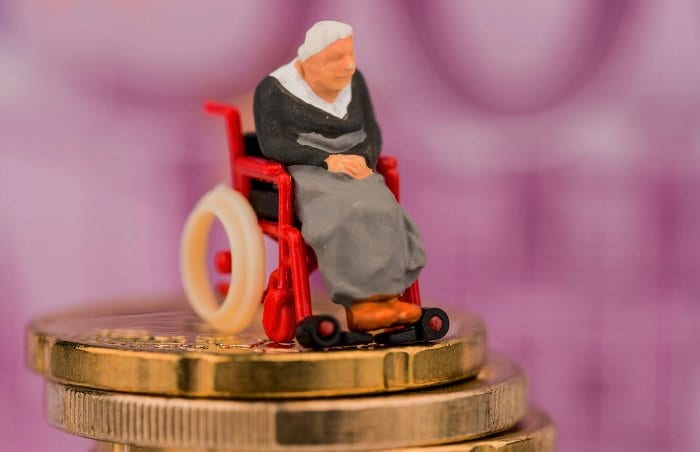 Pflegegeld , stationäre Pflege, Pflegeimmobilien