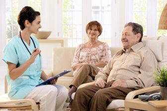 Besprechung mit Bewohner, Ablauf Essen , seniorenzentrum